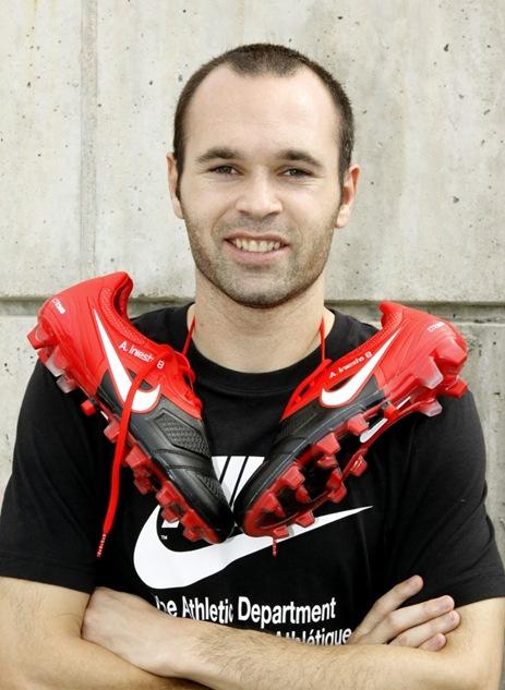 Iniesta y Nike CTR360