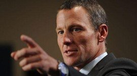 Lance Armstrong se resigna a perder sus 7 tours