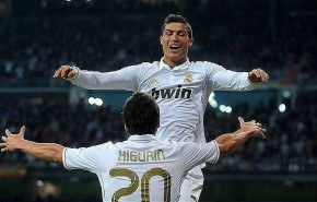 Higuain y Cristiano Ronaldo al Chelsea