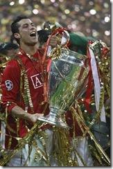 cristiano-ronaldo-con-la-champions.thumbnail