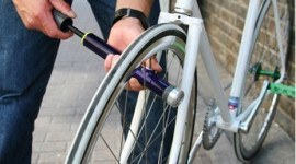 Los Trucos: bombas, bombines y ruedas de bici