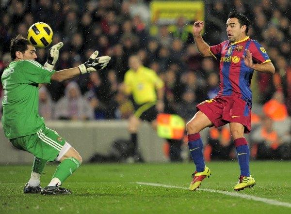 los-mejores-goles-de-xavi-hernandez-con-la-camiseta-del-barcelona-frente-real-madrid
